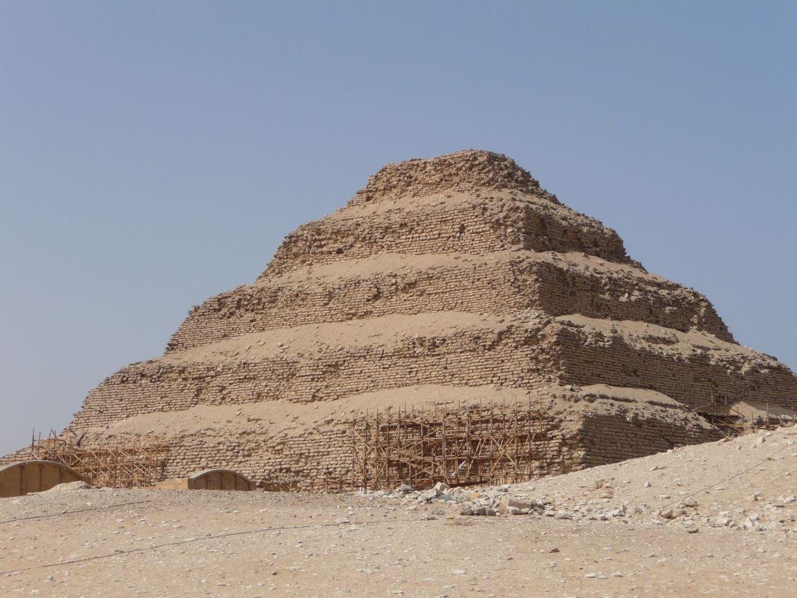 Datacija i osnovne metode datiranja staroegipatske građe · Mladen Tomorad.