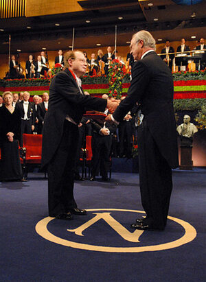 Luc Montagnier receiving the 2008 Nobel Prize in medecine